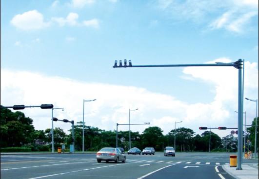 交通监控杆